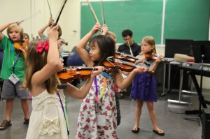 Violin class - bows on heads