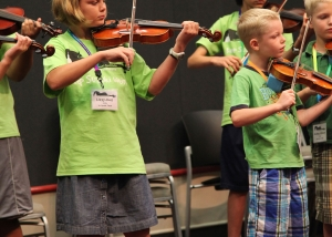 Violin players at Austin Suzuki Institute