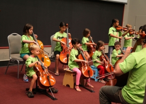 Cello students at Austin Suzuki Institute